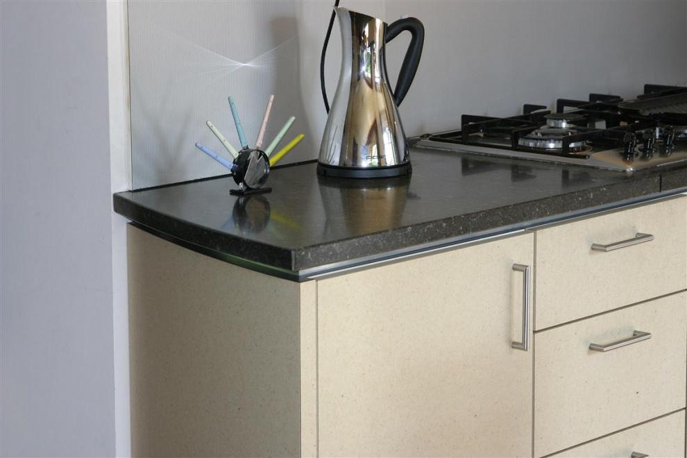 Witte Glans Keukens : Keukens op maat, meubelmaker drenthe willem ...